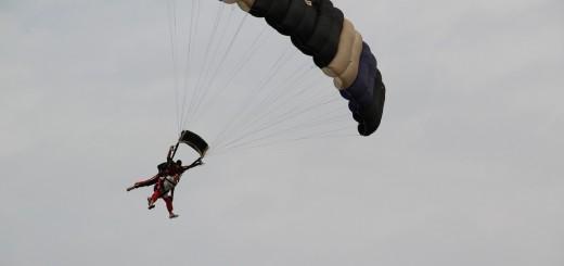 parachutes-539890_1280