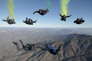 skydiving-603639_1280